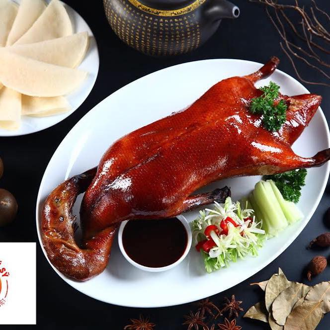 Vịt quay Bắc Kinh là món ăn trứ danh của nhà hàng phú sỹ